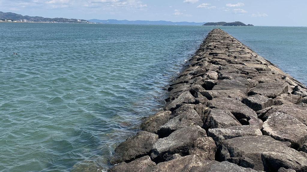 潮干狩場横堤防