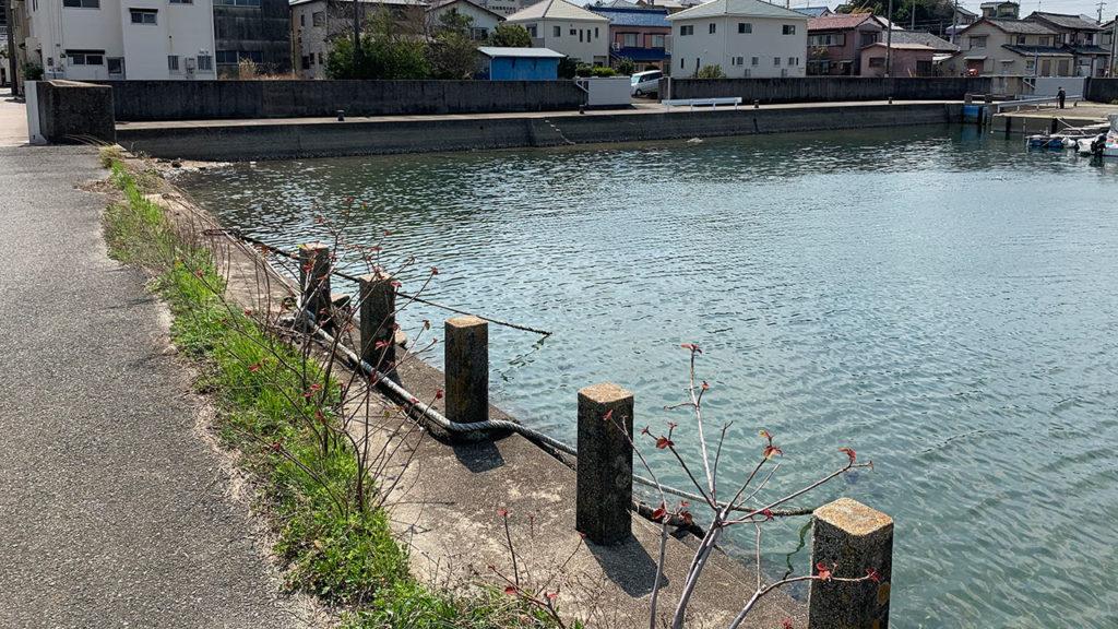 形原漁港湾内南側