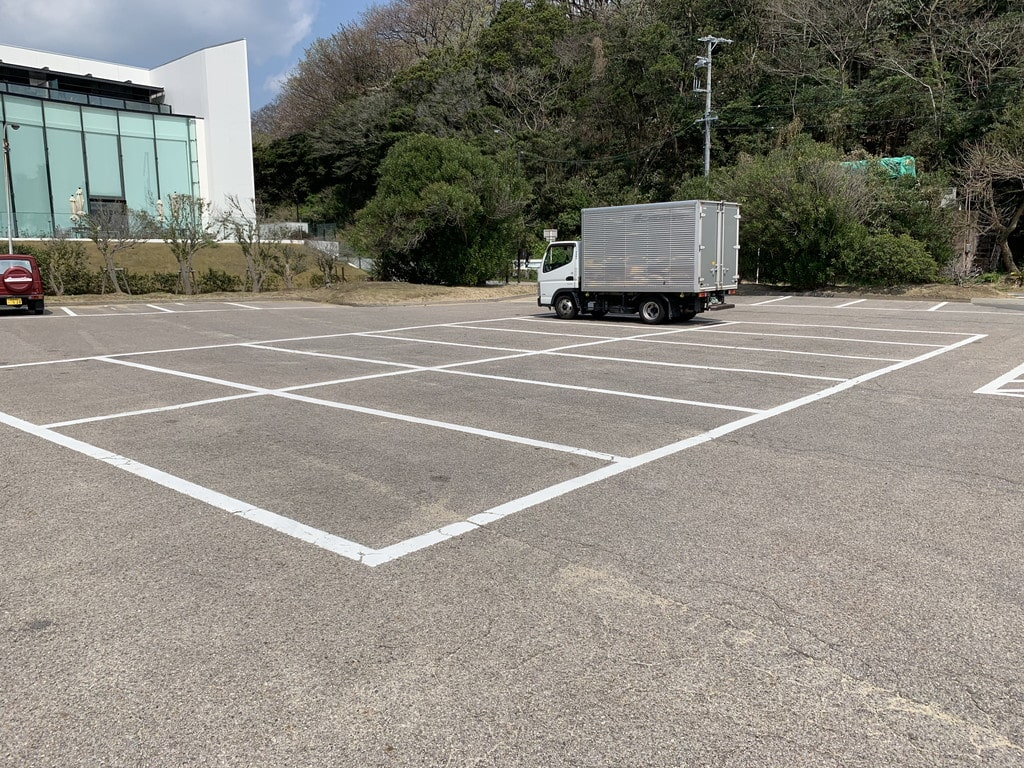 西浦海水浴場駐車場