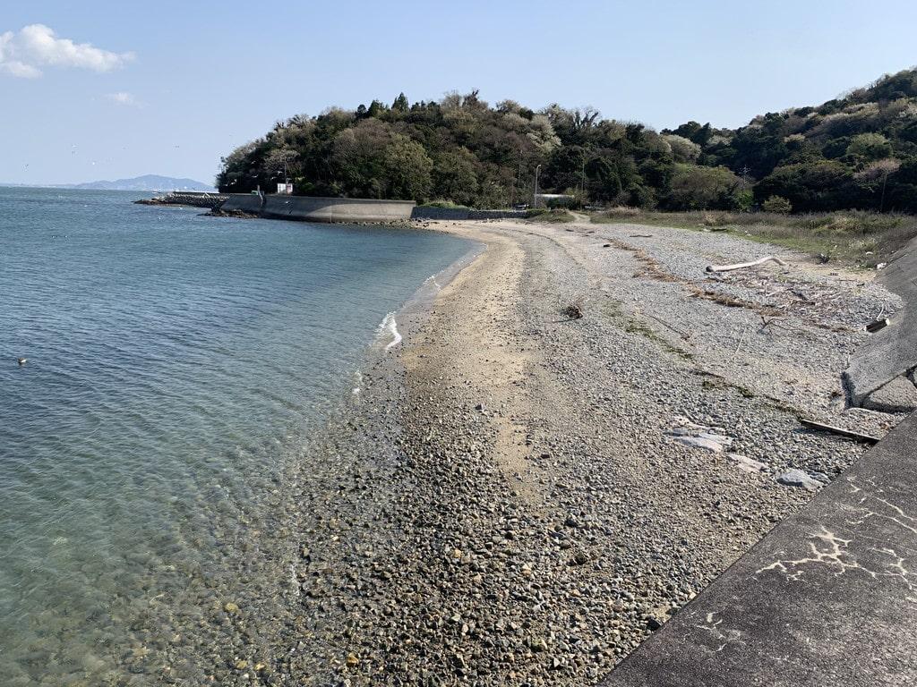 くじ港砂浜