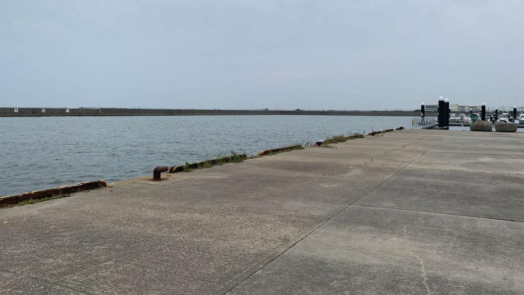 宮崎西港の釣り場情報【Fishing complesso 愛知県の釣り場情報】